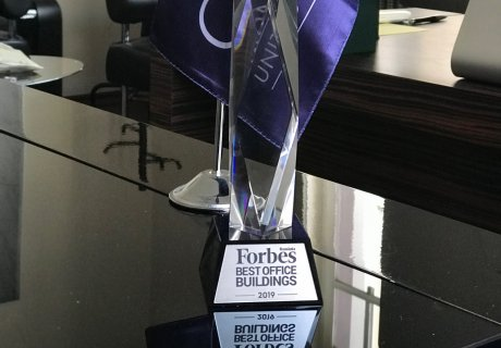 Award-winning company at Forbes Best Office Building Gala
